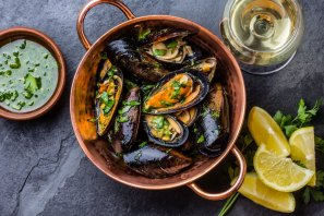 Mmmm mussels (photo from @scotchmanshill instagram)